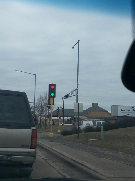 bugged_traffic_light.jpg
