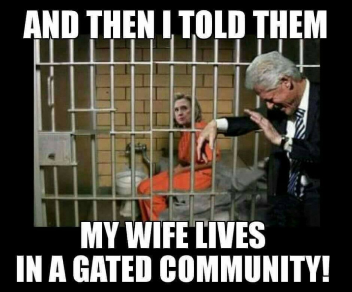 hillary_lives_in_gated_community.jpg